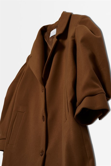 BROWN STAMP COAT